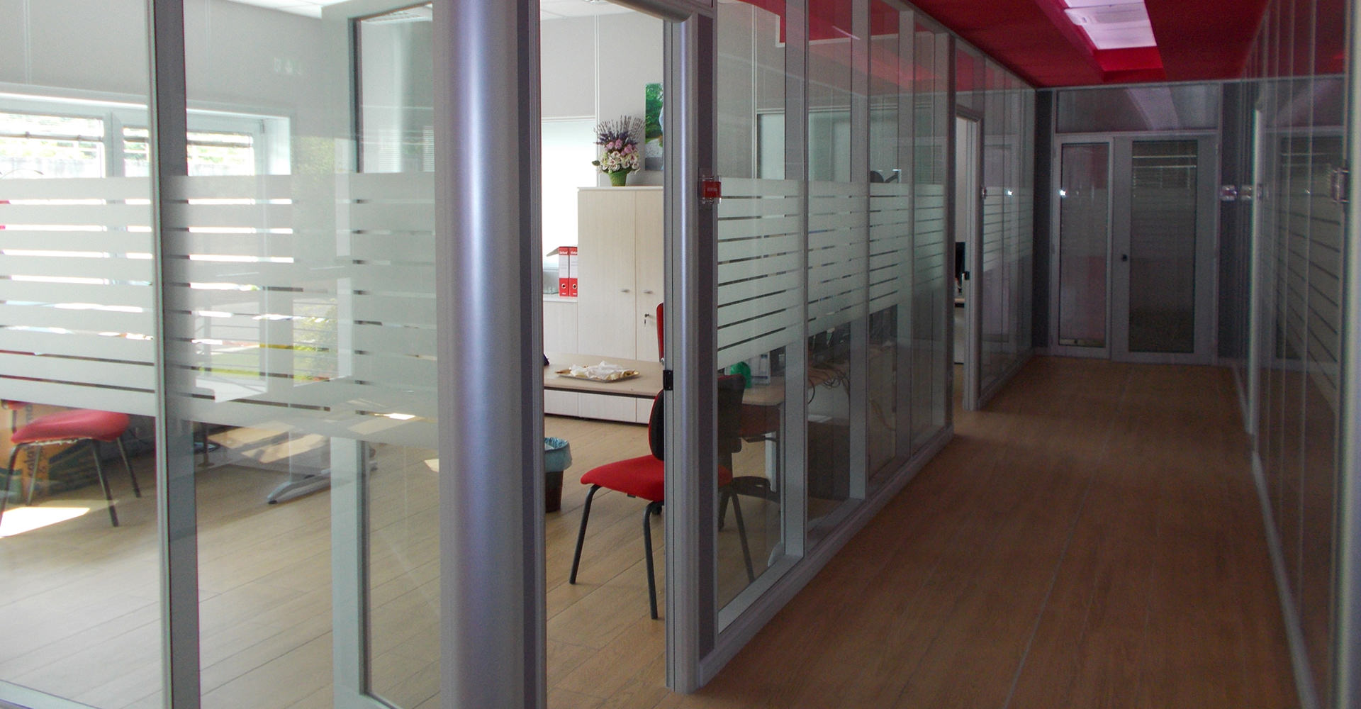 Partition walls for offices with design, installation all turnkey